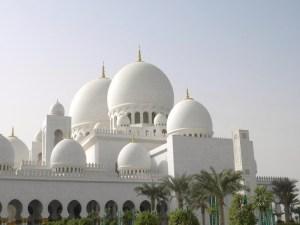 La grande Mosquée d'Abu Dhabi ; une splendeur (Tourisme Emirats Arabes) 1