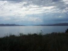 Iles croates vues depuis la côte, à côté de Senj