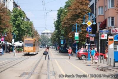 Sofia Bulgarie - avenue et mosquée