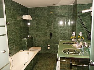 Barcelone Hotel Acevi Villarroel salle de bain