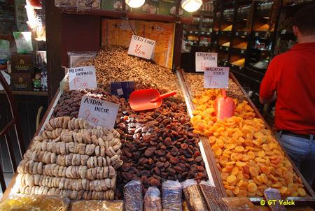 istanbul bazar egyptien dattes et abricots