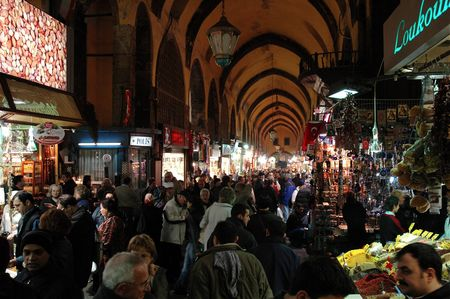 istanbul bazar egyptien foule