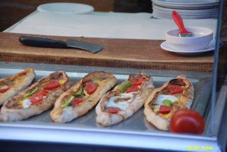 istanbul bazar egyptien - pizza turque