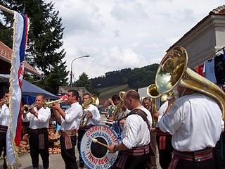 Guca festival Gucha Dragaveco : le festival des fanfares en Serbie 14