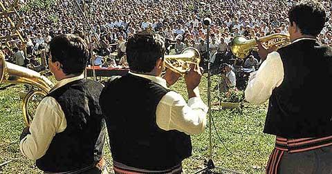 Guca festival Gucha Dragaveco : le festival des fanfares en Serbie 28