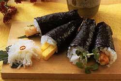 Les sushi ; l'un des plats emblématiques de la cuisine japonaise 1