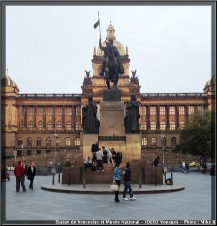 Prague musee national statue venceslas