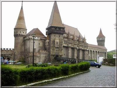 chateau hunedoara transylvanie