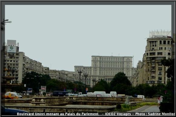 Bucarest boulevard unirei palais du parlement