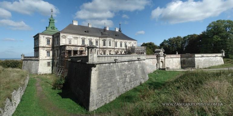 château de Podgoretsky en Ukraine