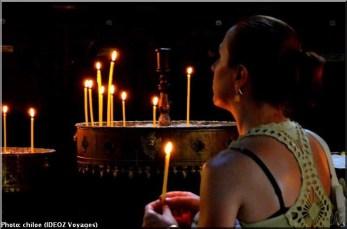 Sainte Nedelja Sofia Bulgarie femme priant