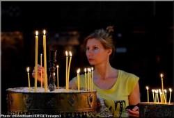 Sainte Nedelja Sofia Bulgarie femme priere