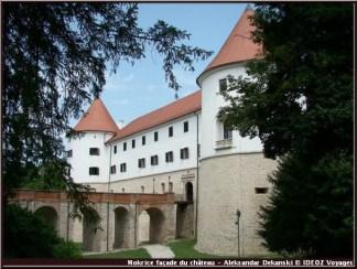 mokrice chateau slovenie facade