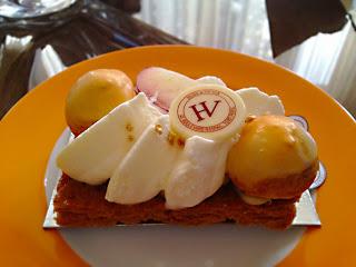 tarte abricots chez hugo et victor paris