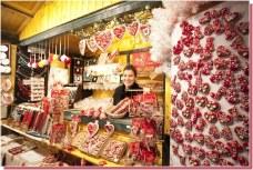 Marché de Noel de Zagreb vente de coeurs licitars
