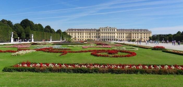 chateau Schonbrunn
