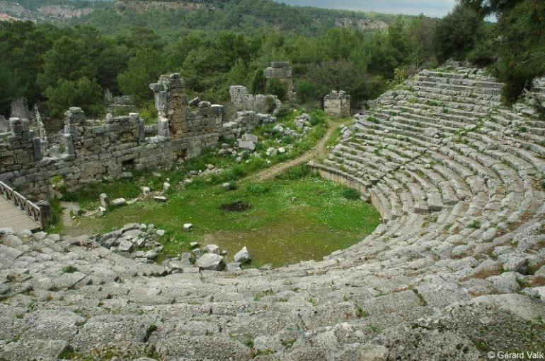 Phaselis vestiges de l'amphitheatre