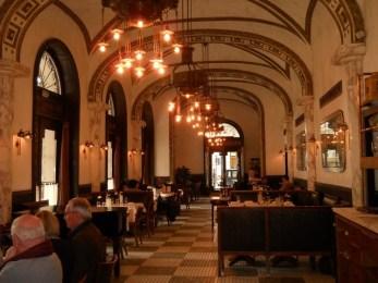 budapest cafe art nouveau