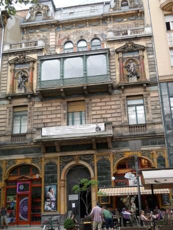 budapest facade art nouveau