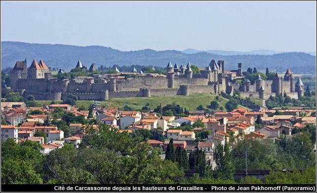 panorama cite de carcassonne vue de grazailles