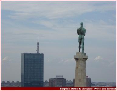 Belgrade statue du vainqueur