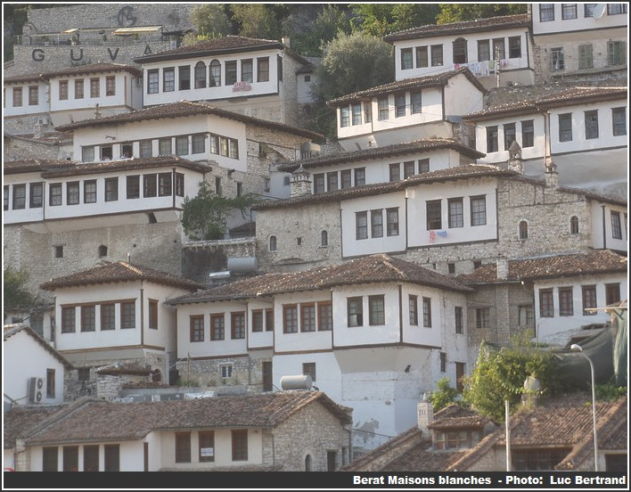 Berat maisons blanches