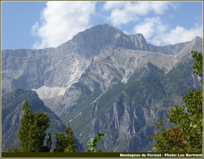 Permet montagnes