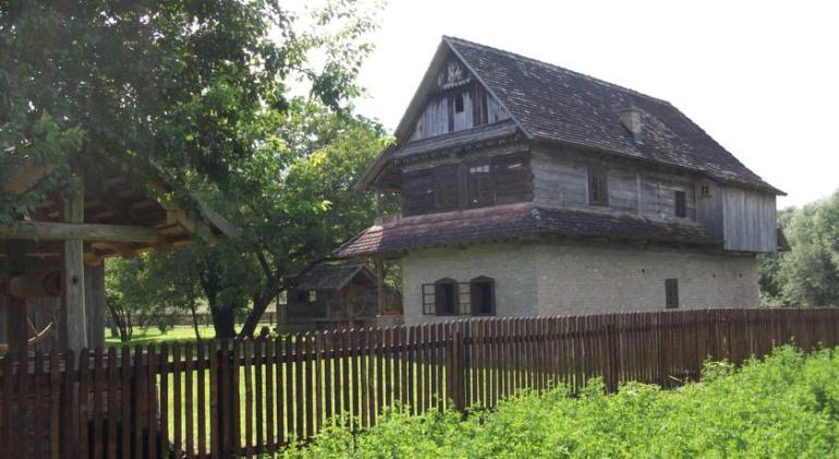 Etno selo Stara Lonja, un merveilleux havre de paix typique dans le parc Lonjsko Polje 1
