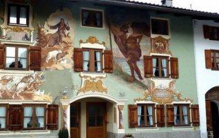 Mittenwald maison façade peinte