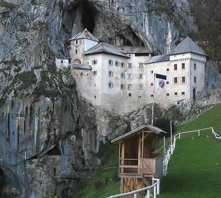 predjamski grad château près de Postojna