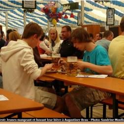 Fruhlingsfest de Munich jeunes à Augustiner Brau