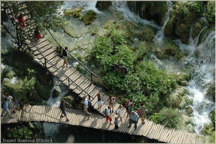 Lacs de Plitvice Sentiers en rondins