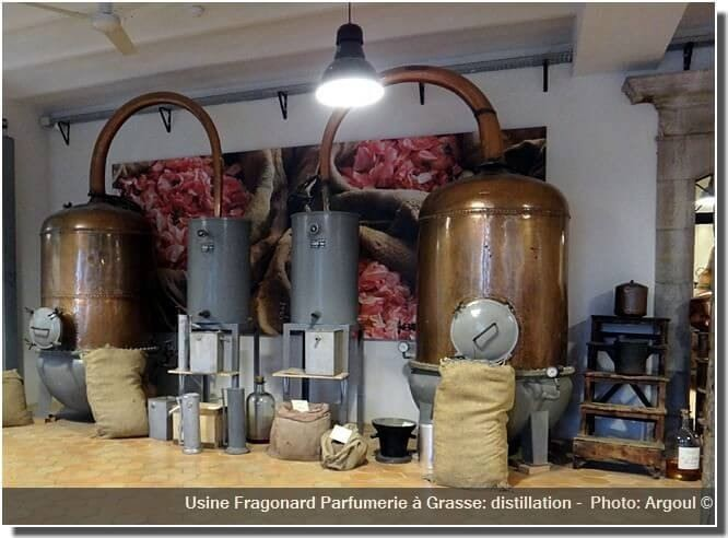 Parfumerie Fragonard à Grasse usine distillation