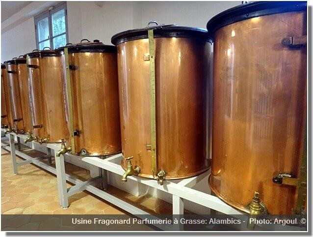 Parfumerie Fragonard Grasse usine alambics