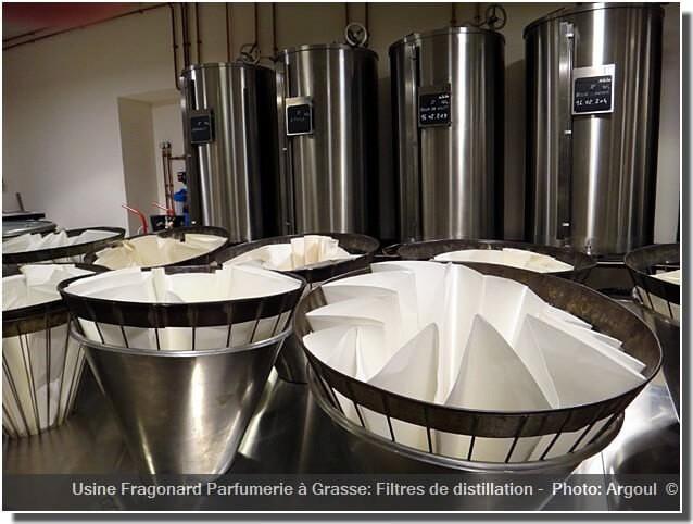 Usine Fragonard Grasse filtre distillation