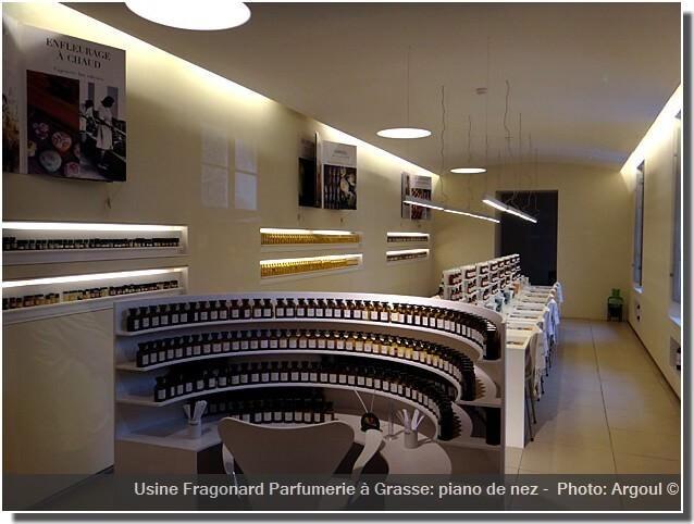 Usine Fragonard Parfumerie Grasse Piano du nez