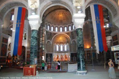 Intérieur du temple saint Sava de Belgrade