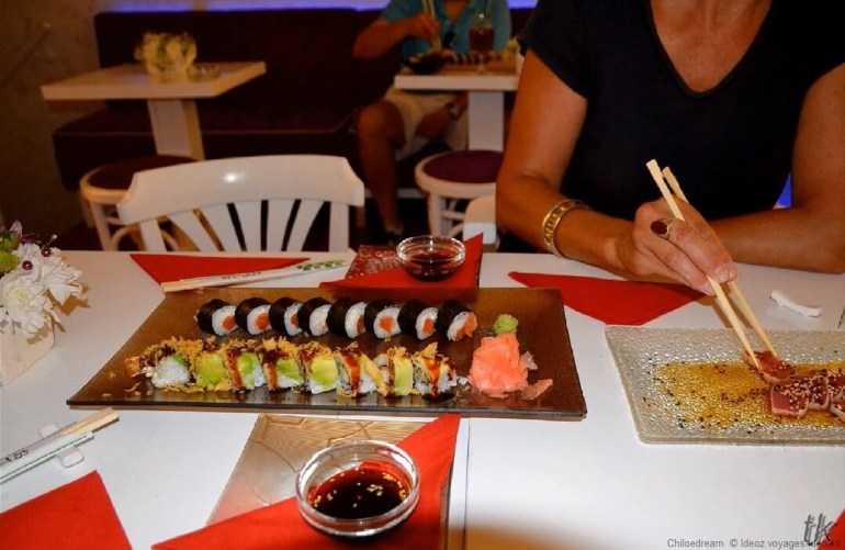manger des sushi à Belgrade