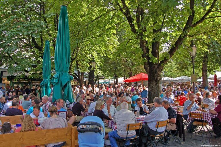 Biergarten du Viktualienmarkt à Munich