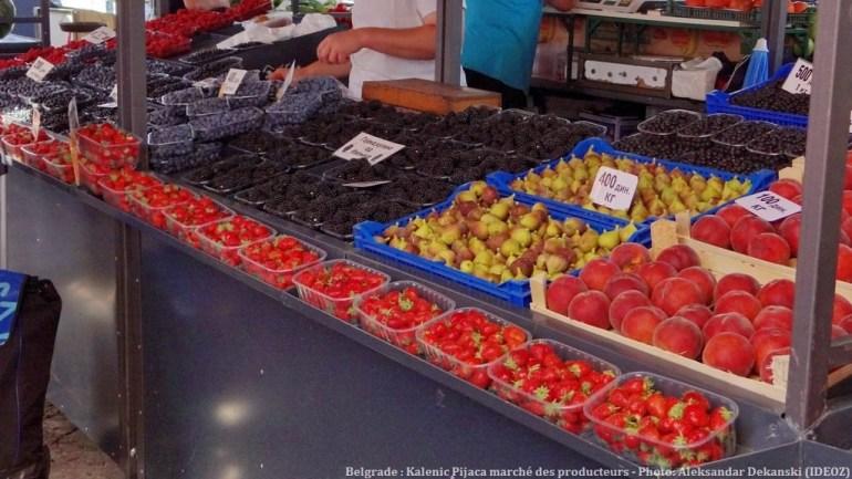 Belgrade Marché des producteurs Kalenic Pijaca fruits d'été