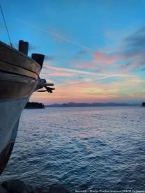 Ciel rose et bleu sur les îles Kornati