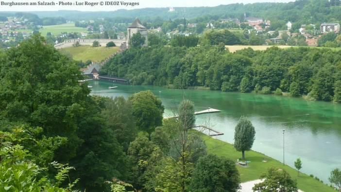 Rivière Salzach à Burghausen