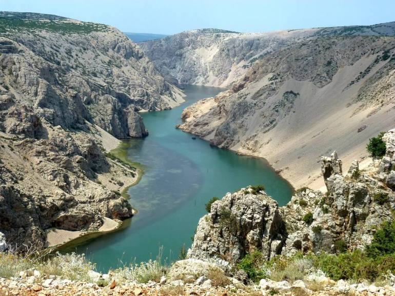 Canyon de la rivière Zrmanja en Dalmatie du nord