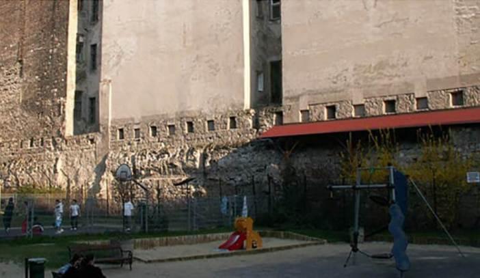 mur medieval à Pest