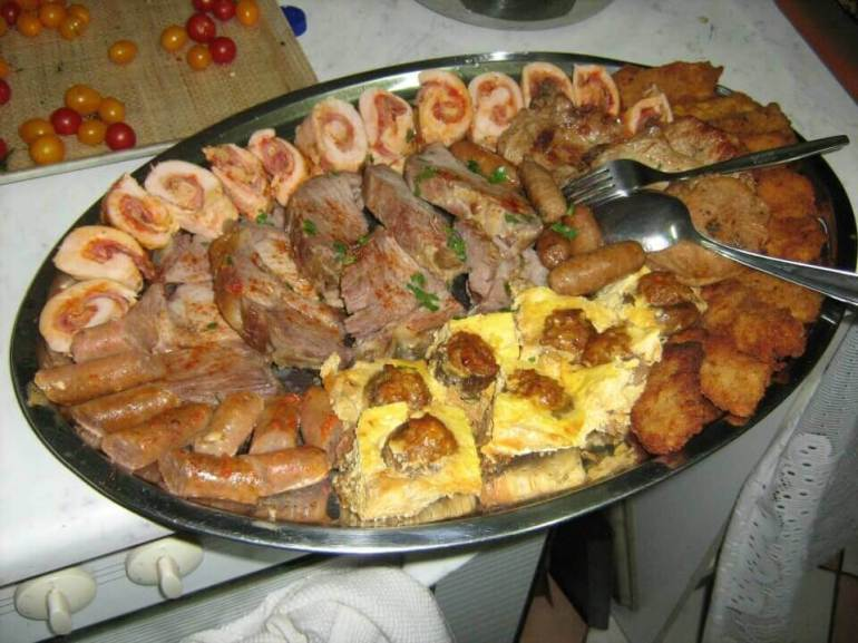 Viandes et saucisses en Slavonie seoski turizam Lackovic