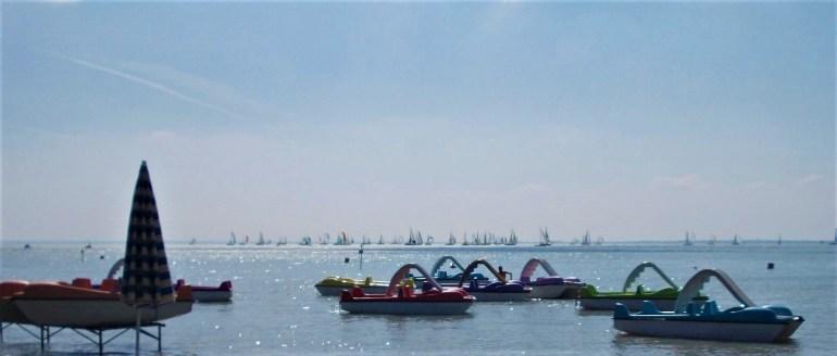 pédalos sur le lac Balaton