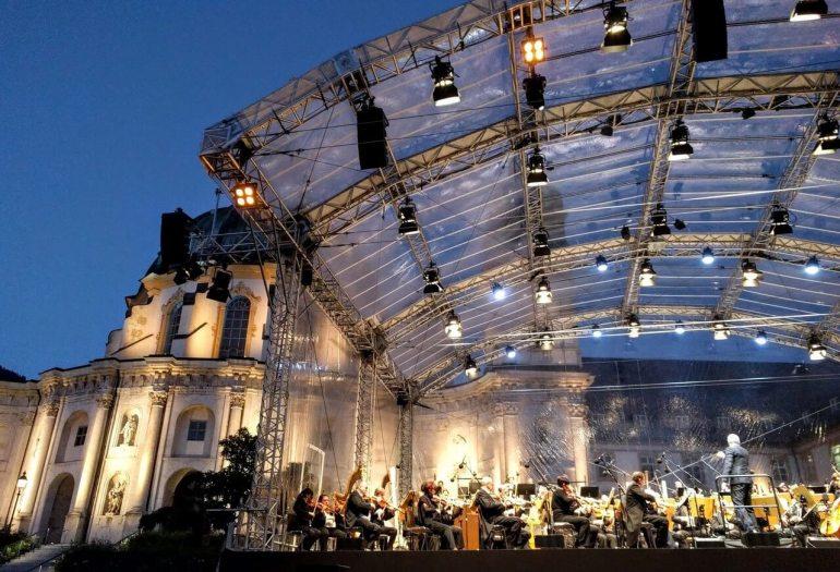 Opéra Sinfonietta par l'orchestre philharmonique de Brno lors du festival Richard Strauss à Ettal