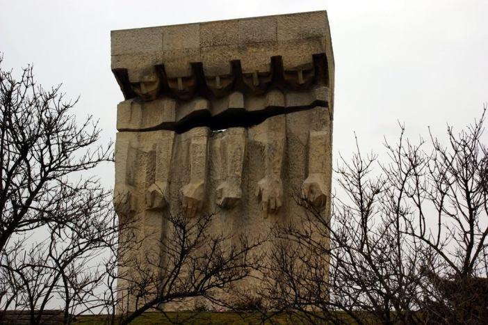 Monument en hommage aux victimes juives de Plaszow KZL - Photo : Allie Caulfield (Flickr)