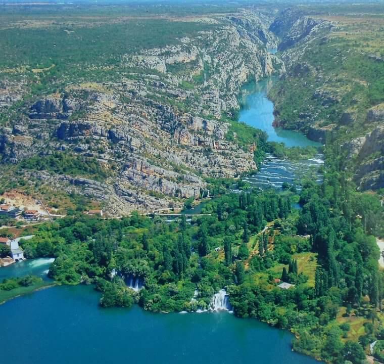 Parc national Krka, un beau parc à cascades près de Sibenik en Dalmatie du Nord 4