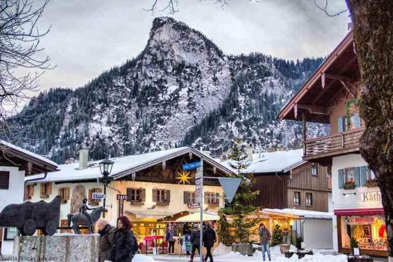 Oberammergau à Noël sous la neige